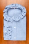 THIN COTTON FLANELLE, RIFFLE COLALR IN BLUE SKY COLOR. 135,00 €