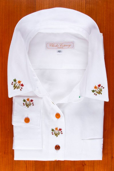 EMBROIDERED BOUQUETS, WHITE 135,00 €