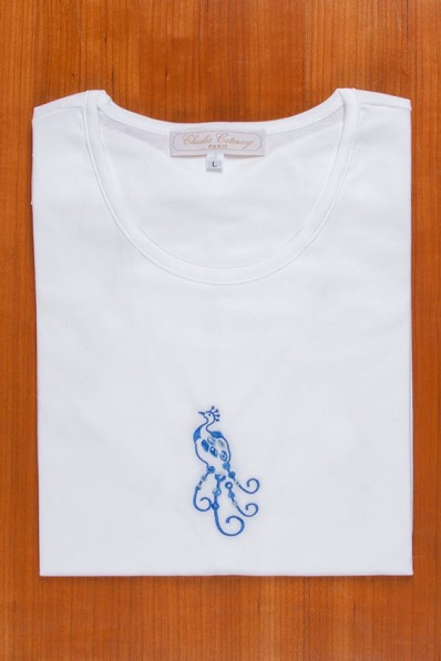 TEE SHIRT, EMBROIDERY: BLUE PEACOK. 85,00 €
