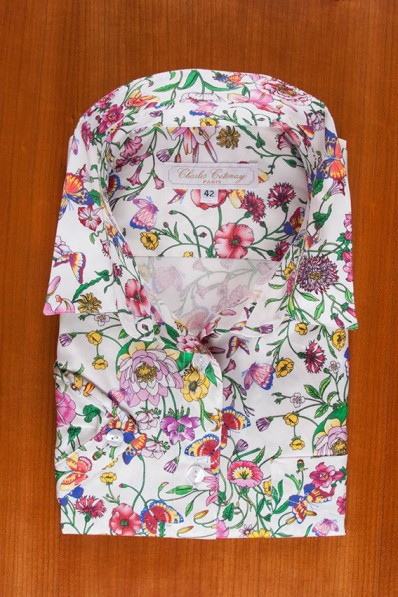 FLORAL PRINT ON COTTON SATEEN 3 135,00 €